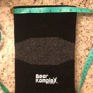 Other - BearKomplex knee supports NWOT